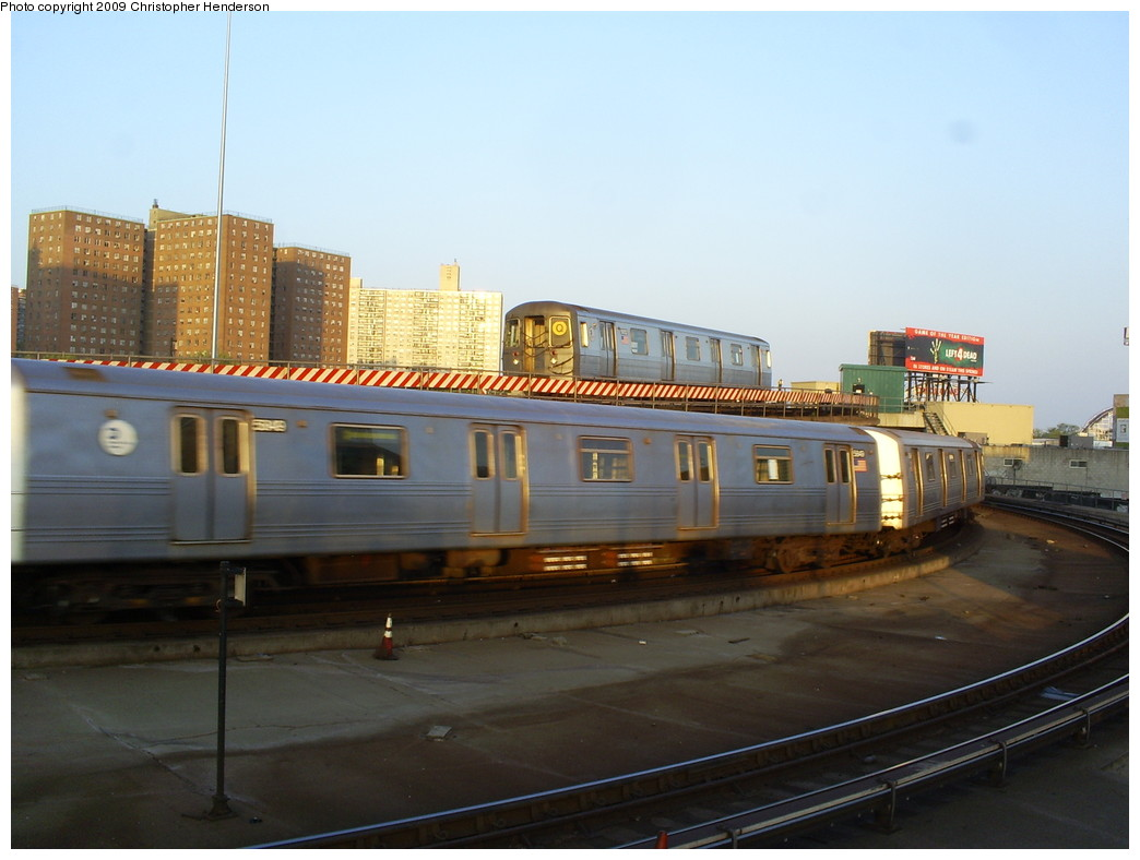 (206k, 1044x788)<br><b>Country:</b> United States<br><b>City:</b> New York<br><b>System:</b> New York City Transit<br><b>Location:</b> Coney Island/Stillwell Avenue<br><b>Route:</b> Q<br><b>Car:</b> R-68A (Kawasaki, 1988-1989)  5052 <br><b>Photo by:</b> Christopher Henderson<br><b>Date:</b> 5/15/2009<br><b>Viewed (this week/total):</b> 0 / 1248