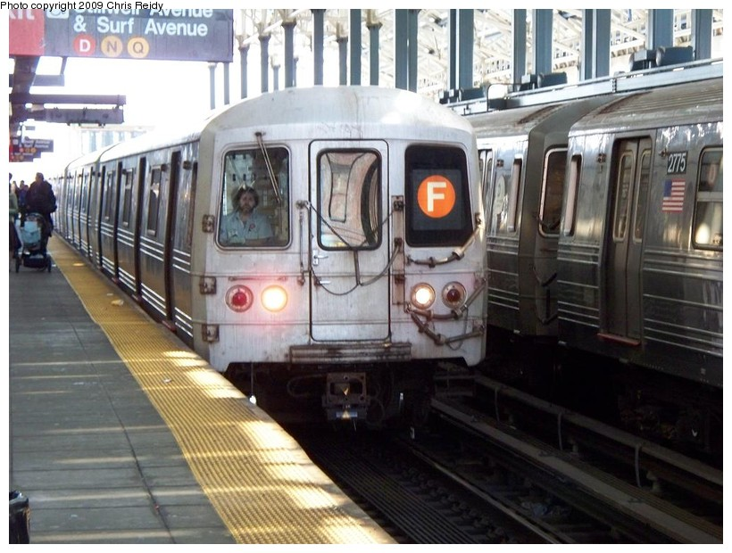 (154k, 820x620)<br><b>Country:</b> United States<br><b>City:</b> New York<br><b>System:</b> New York City Transit<br><b>Location:</b> Coney Island/Stillwell Avenue<br><b>Route:</b> F<br><b>Car:</b> R-46 (Pullman-Standard, 1974-75) 5592 <br><b>Photo by:</b> Chris Reidy<br><b>Date:</b> 4/17/2009<br><b>Viewed (this week/total):</b> 1 / 1314