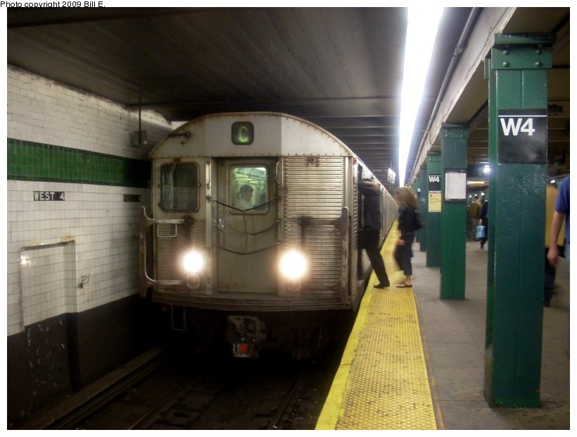 (141k, 820x620)<br><b>Country:</b> United States<br><b>City:</b> New York<br><b>System:</b> New York City Transit<br><b>Line:</b> IND 8th Avenue Line<br><b>Location:</b> West 4th Street/Washington Square <br><b>Route:</b> C<br><b>Car:</b> R-32 (Budd, 1964)   <br><b>Photo by:</b> Bill E.<br><b>Date:</b> 5/10/2009<br><b>Viewed (this week/total):</b> 3 / 700
