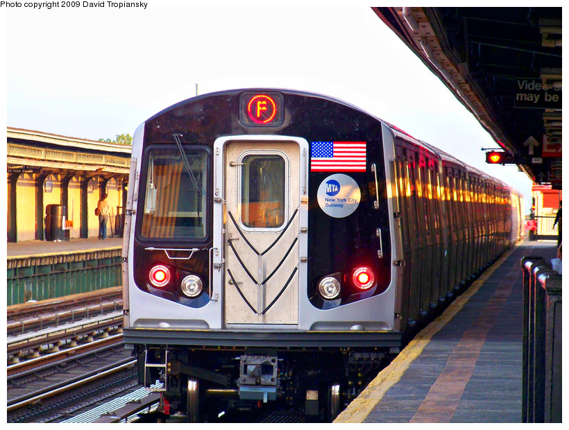 (207k, 820x620)<br><b>Country:</b> United States<br><b>City:</b> New York<br><b>System:</b> New York City Transit<br><b>Line:</b> BMT Culver Line<br><b>Location:</b> Ditmas Avenue <br><b>Route:</b> F<br><b>Car:</b> R-160A (Option 1) (Alstom, 2008-2009, 5 car sets)  9422 <br><b>Photo by:</b> David Tropiansky<br><b>Date:</b> 5/23/2009<br><b>Viewed (this week/total):</b> 1 / 1554