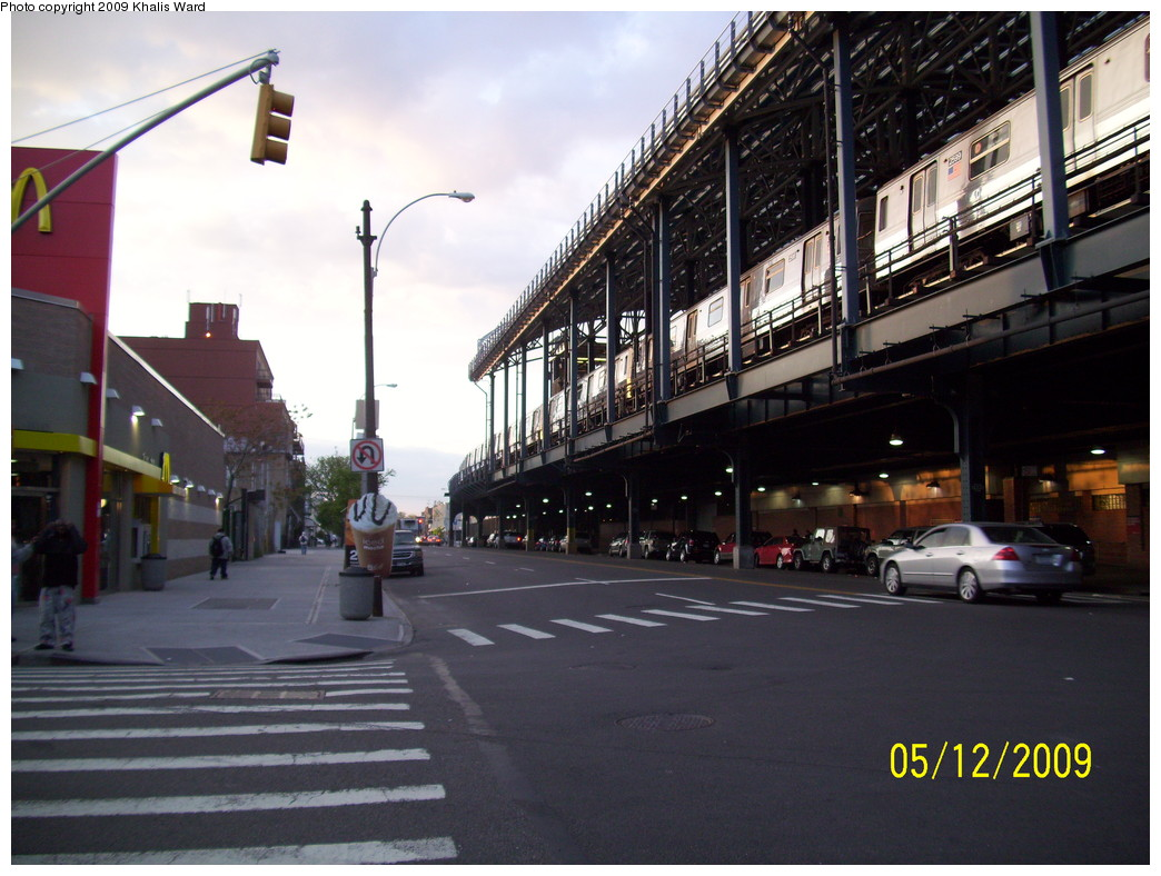 (234k, 1044x788)<br><b>Country:</b> United States<br><b>City:</b> New York<br><b>System:</b> New York City Transit<br><b>Location:</b> Coney Island/Stillwell Avenue<br><b>Route:</b> D<br><b>Car:</b> R-68 (Westinghouse-Amrail, 1986-1988)  2599 <br><b>Photo by:</b> Khalis Ward<br><b>Date:</b> 5/12/2009<br><b>Notes:</b> Note lamp post trolley pole- not many of these left!<br><b>Viewed (this week/total):</b> 0 / 1823