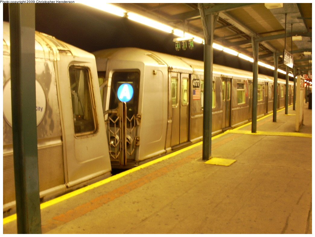 (228k, 1044x788)<br><b>Country:</b> United States<br><b>City:</b> New York<br><b>System:</b> New York City Transit<br><b>Line:</b> IND Fulton Street Line<br><b>Location:</b> Lefferts Boulevard <br><b>Route:</b> A<br><b>Car:</b> R-40 (St. Louis, 1968)  4177 <br><b>Photo by:</b> Christopher Henderson<br><b>Date:</b> 5/31/2009<br><b>Viewed (this week/total):</b> 1 / 675