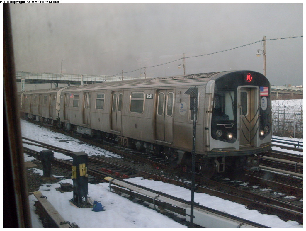 (210k, 1044x788)<br><b>Country:</b> United States<br><b>City:</b> New York<br><b>System:</b> New York City Transit<br><b>Location:</b> Coney Island/Stillwell Avenue<br><b>Route:</b> N<br><b>Car:</b> R-160B (Option 1) (Kawasaki, 2008-2009)  9033 <br><b>Photo by:</b> Anthony Modesto<br><b>Date:</b> 2/2010<br><b>Viewed (this week/total):</b> 0 / 605