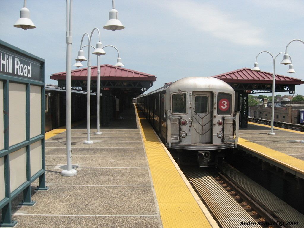 (238k, 1024x768)<br><b>Country:</b> United States<br><b>City:</b> New York<br><b>System:</b> New York City Transit<br><b>Line:</b> IRT White Plains Road Line<br><b>Location:</b> Gun Hill Road <br><b>Route:</b> 3 yard move<br><b>Car:</b> R-62 (Kawasaki, 1983-1985)   <br><b>Photo by:</b> Andre Samuel<br><b>Date:</b> 5/25/2009<br><b>Viewed (this week/total):</b> 3 / 1363