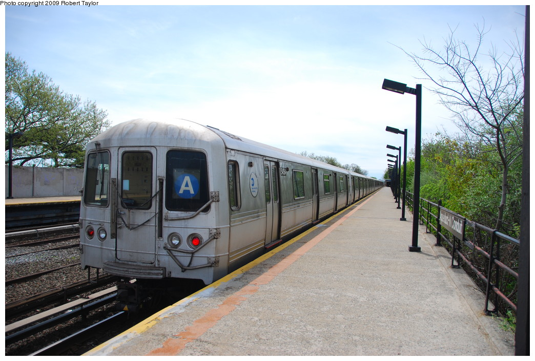 (279k, 1044x705)<br><b>Country:</b> United States<br><b>City:</b> New York<br><b>System:</b> New York City Transit<br><b>Line:</b> IND Rockaway<br><b>Location:</b> Aqueduct/North Conduit Avenue <br><b>Route:</b> A<br><b>Car:</b> R-44 (St. Louis, 1971-73) 5454 <br><b>Photo by:</b> Robert Taylor<br><b>Date:</b> 4/29/2009<br><b>Viewed (this week/total):</b> 1 / 495