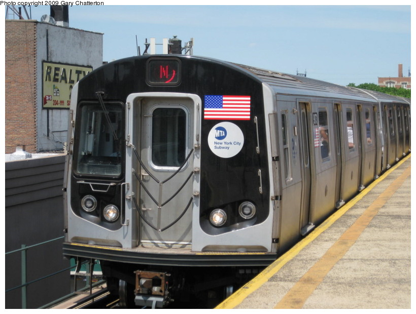 (127k, 820x620)<br><b>Country:</b> United States<br><b>City:</b> New York<br><b>System:</b> New York City Transit<br><b>Line:</b> BMT Astoria Line<br><b>Location:</b> Astoria Boulevard/Hoyt Avenue <br><b>Route:</b> N<br><b>Car:</b> R-160B (Option 1) (Kawasaki, 2008-2009)  9073 <br><b>Photo by:</b> Gary Chatterton<br><b>Date:</b> 5/25/2009<br><b>Viewed (this week/total):</b> 0 / 594