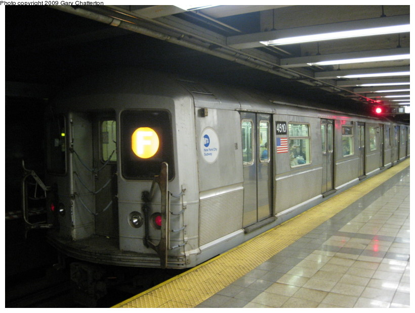 (118k, 820x620)<br><b>Country:</b> United States<br><b>City:</b> New York<br><b>System:</b> New York City Transit<br><b>Line:</b> IND 8th Avenue Line<br><b>Location:</b> Canal Street-Holland Tunnel <br><b>Route:</b> F Reroute<br><b>Car:</b> R-40M (St. Louis, 1969)  4510 <br><b>Photo by:</b> Gary Chatterton<br><b>Date:</b> 5/31/2009<br><b>Viewed (this week/total):</b> 1 / 875