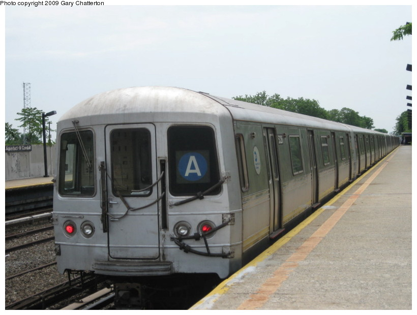 (105k, 820x620)<br><b>Country:</b> United States<br><b>City:</b> New York<br><b>System:</b> New York City Transit<br><b>Line:</b> IND Rockaway<br><b>Location:</b> Aqueduct/North Conduit Avenue <br><b>Route:</b> A<br><b>Car:</b> R-44 (St. Louis, 1971-73) 5326 <br><b>Photo by:</b> Gary Chatterton<br><b>Date:</b> 6/3/2009<br><b>Viewed (this week/total):</b> 2 / 601