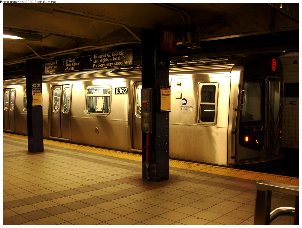 (256k, 1044x788)<br><b>Country:</b> United States<br><b>City:</b> New York<br><b>System:</b> New York City Transit<br><b>Line:</b> IND 8th Avenue Line<br><b>Location:</b> 42nd Street/Port Authority Bus Terminal <br><b>Route:</b> E<br><b>Car:</b> R-160A (Option 1) (Alstom, 2008-2009, 5 car sets)  9362 <br><b>Photo by:</b> Zach Summer<br><b>Date:</b> 5/28/2009<br><b>Viewed (this week/total):</b> 0 / 1460