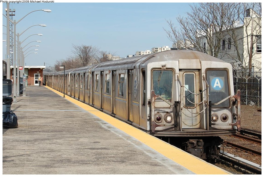 (295k, 1044x699)<br><b>Country:</b> United States<br><b>City:</b> New York<br><b>System:</b> New York City Transit<br><b>Line:</b> IND Rockaway<br><b>Location:</b> Rockaway Park/Beach 116th Street <br><b>Route:</b> A<br><b>Car:</b> R-40 (St. Louis, 1968)  4291 <br><b>Photo by:</b> Michael Hodurski<br><b>Date:</b> 4/17/2008<br><b>Viewed (this week/total):</b> 3 / 900