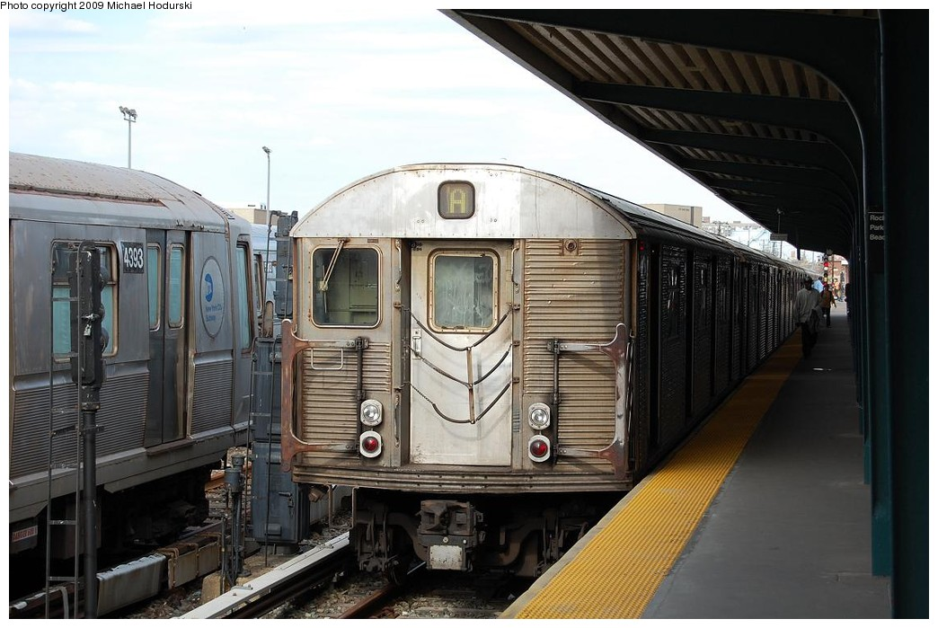 (215k, 1044x699)<br><b>Country:</b> United States<br><b>City:</b> New York<br><b>System:</b> New York City Transit<br><b>Line:</b> IND Rockaway<br><b>Location:</b> Rockaway Park/Beach 116th Street <br><b>Route:</b> A<br><b>Car:</b> R-32 (Budd, 1964)  3939 <br><b>Photo by:</b> Michael Hodurski<br><b>Date:</b> 4/17/2008<br><b>Viewed (this week/total):</b> 0 / 897
