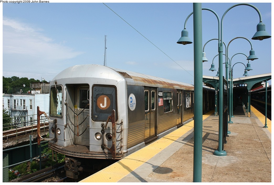 (211k, 1044x703)<br><b>Country:</b> United States<br><b>City:</b> New York<br><b>System:</b> New York City Transit<br><b>Line:</b> BMT Nassau Street/Jamaica Line<br><b>Location:</b> Broadway/East New York (Broadway Junction) <br><b>Route:</b> J<br><b>Car:</b> R-42 (St. Louis, 1969-1970)  4806 <br><b>Photo by:</b> John Barnes<br><b>Date:</b> 6/15/2009<br><b>Viewed (this week/total):</b> 10 / 883