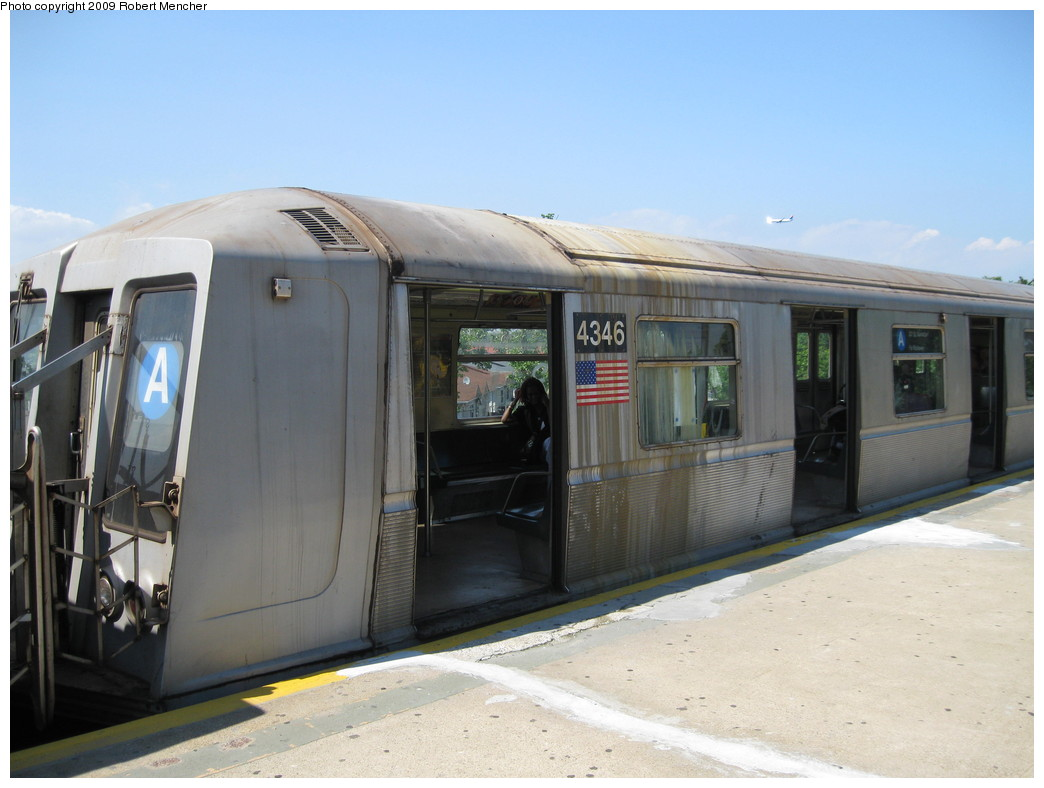 (173k, 1044x788)<br><b>Country:</b> United States<br><b>City:</b> New York<br><b>System:</b> New York City Transit<br><b>Line:</b> IND Rockaway<br><b>Location:</b> Mott Avenue/Far Rockaway <br><b>Route:</b> A<br><b>Car:</b> R-40 (St. Louis, 1968)  4346 <br><b>Photo by:</b> Robert Mencher<br><b>Date:</b> 6/6/2009<br><b>Viewed (this week/total):</b> 3 / 490