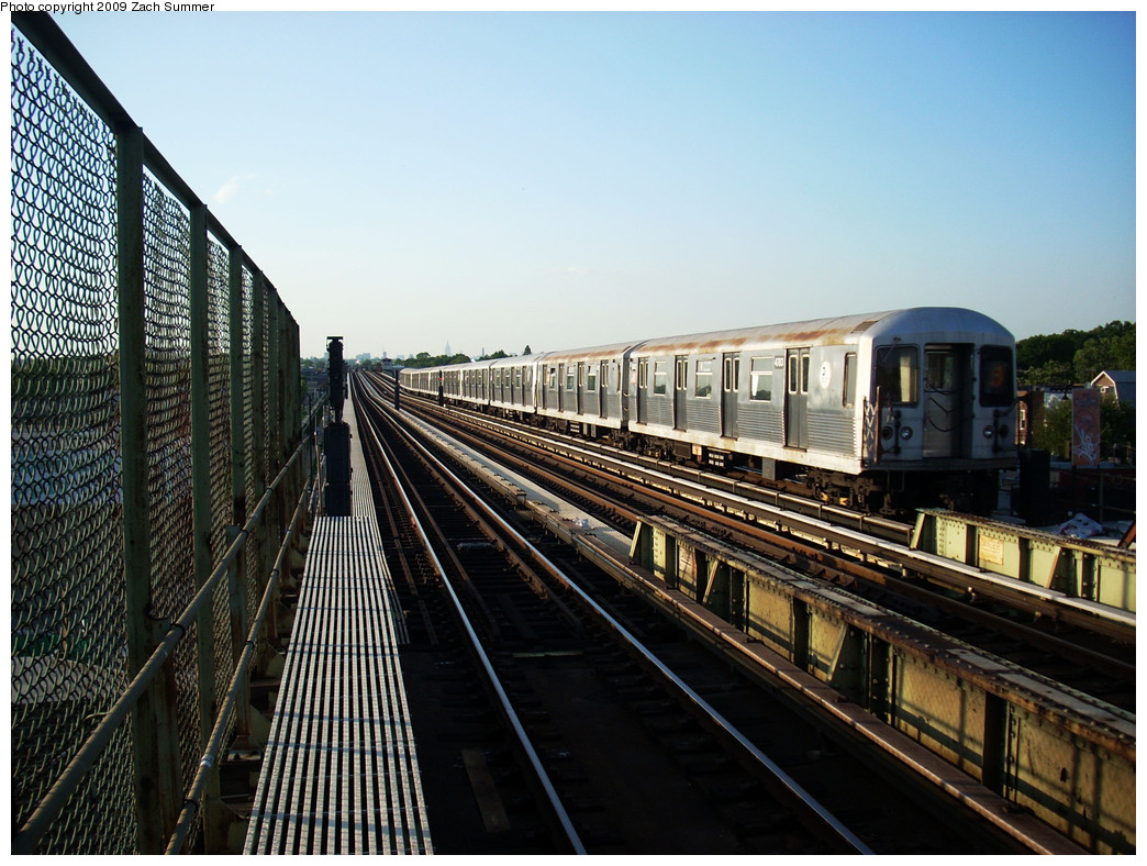 (303k, 1044x788)<br><b>Country:</b> United States<br><b>City:</b> New York<br><b>System:</b> New York City Transit<br><b>Line:</b> BMT Culver Line<br><b>Location:</b> Avenue N <br><b>Route:</b> F<br><b>Car:</b> R-42 (St. Louis, 1969-1970)  4783 <br><b>Photo by:</b> Zach Summer<br><b>Date:</b> 5/31/2009<br><b>Viewed (this week/total):</b> 0 / 551