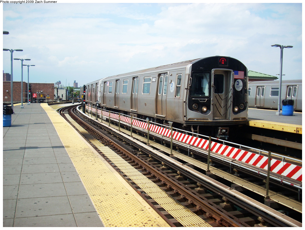 (305k, 1044x788)<br><b>Country:</b> United States<br><b>City:</b> New York<br><b>System:</b> New York City Transit<br><b>Location:</b> Coney Island/Stillwell Avenue<br><b>Route:</b> Q<br><b>Car:</b> R-160A-2 (Alstom, 2005-2008, 5 car sets)  8682 <br><b>Photo by:</b> Zach Summer<br><b>Date:</b> 6/2/2009<br><b>Viewed (this week/total):</b> 2 / 910