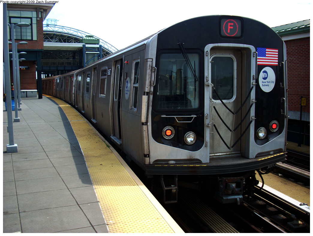 (265k, 1044x788)<br><b>Country:</b> United States<br><b>City:</b> New York<br><b>System:</b> New York City Transit<br><b>Location:</b> Coney Island/Stillwell Avenue<br><b>Route:</b> F<br><b>Car:</b> R-160B (Option 1) (Kawasaki, 2008-2009)  9167 <br><b>Photo by:</b> Zach Summer<br><b>Date:</b> 6/2/2009<br><b>Viewed (this week/total):</b> 2 / 1296