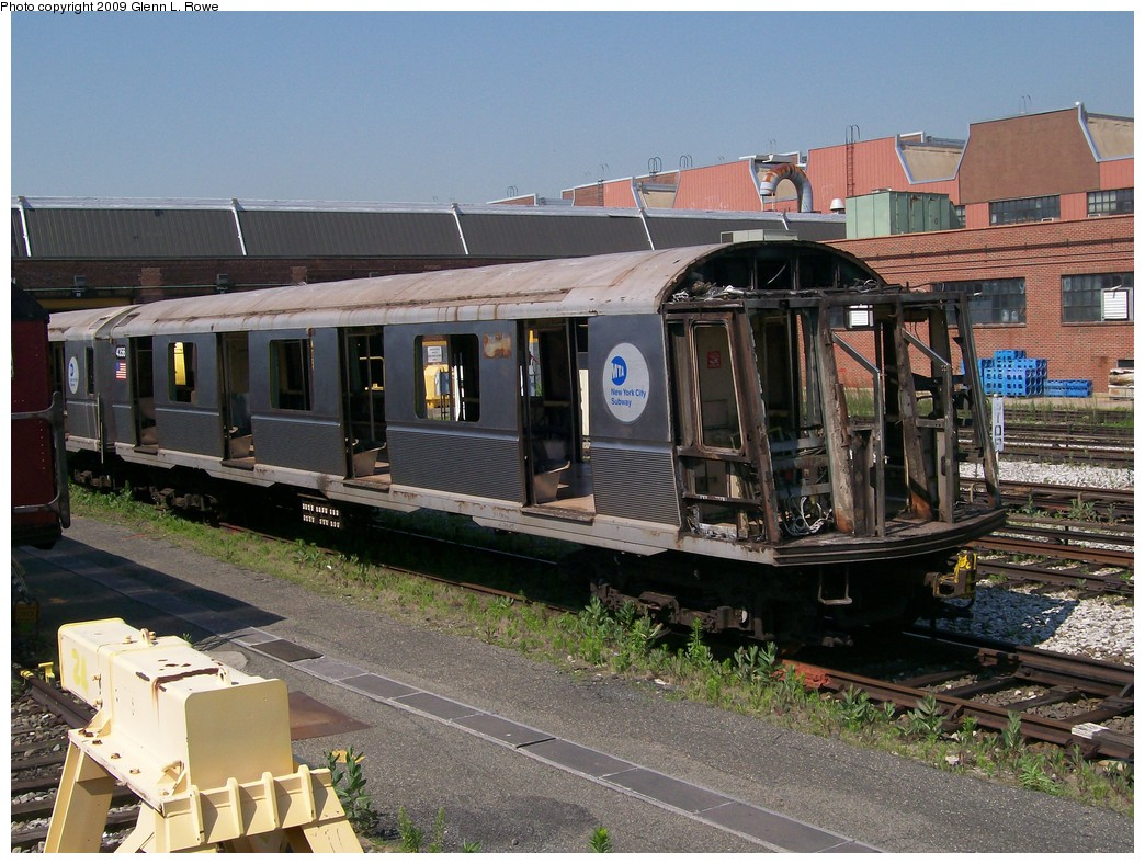 (252k, 1044x788)<br><b>Country:</b> United States<br><b>City:</b> New York<br><b>System:</b> New York City Transit<br><b>Location:</b> 207th Street Yard<br><b>Car:</b> R-40 (St. Louis, 1968)  4356 <br><b>Photo by:</b> Glenn L. Rowe<br><b>Date:</b> 6/30/2009<br><b>Notes:</b> Scrap<br><b>Viewed (this week/total):</b> 1 / 690