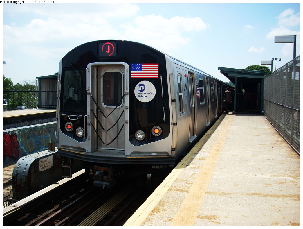 (248k, 1044x788)<br><b>Country:</b> United States<br><b>City:</b> New York<br><b>System:</b> New York City Transit<br><b>Line:</b> BMT Nassau Street/Jamaica Line<br><b>Location:</b> 75th Street/Elderts Lane <br><b>Route:</b> J<br><b>Car:</b> R-160A-1 (Alstom, 2005-2008, 4 car sets)  8589 <br><b>Photo by:</b> Zach Summer<br><b>Date:</b> 6/6/2009<br><b>Viewed (this week/total):</b> 3 / 540