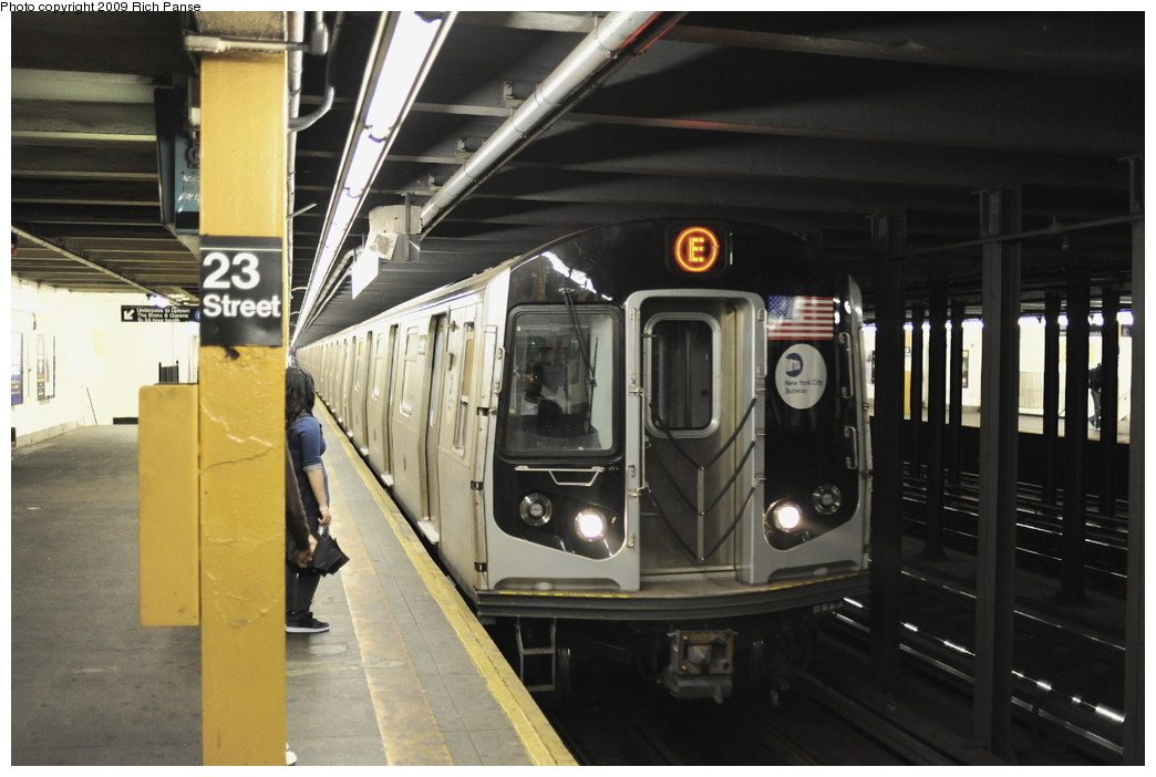 (167k, 1044x702)<br><b>Country:</b> United States<br><b>City:</b> New York<br><b>System:</b> New York City Transit<br><b>Line:</b> IND 8th Avenue Line<br><b>Location:</b> 23rd Street <br><b>Route:</b> E<br><b>Car:</b> R-160B (Option 1) (Kawasaki, 2008-2009)   <br><b>Photo by:</b> Richard Panse<br><b>Date:</b> 6/11/2009<br><b>Viewed (this week/total):</b> 0 / 1145