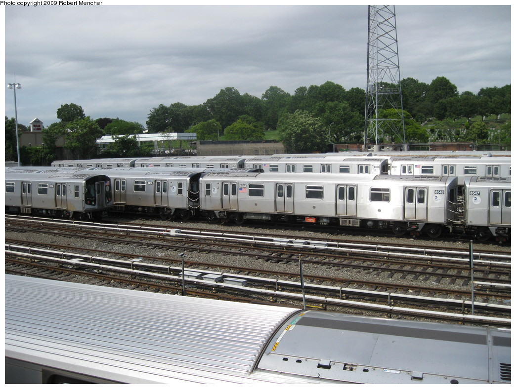 (262k, 1044x788)<br><b>Country:</b> United States<br><b>City:</b> New York<br><b>System:</b> New York City Transit<br><b>Location:</b> East New York Yard/Shops<br><b>Car:</b> R-160A-1 (Alstom, 2005-2008, 4 car sets)  8548 <br><b>Photo by:</b> Robert Mencher<br><b>Date:</b> 6/15/2009<br><b>Viewed (this week/total):</b> 0 / 318
