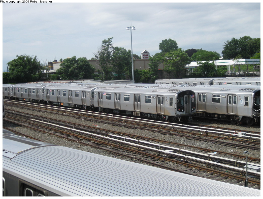 (269k, 1044x788)<br><b>Country:</b> United States<br><b>City:</b> New York<br><b>System:</b> New York City Transit<br><b>Location:</b> East New York Yard/Shops<br><b>Car:</b> R-160A-1 (Alstom, 2005-2008, 4 car sets)  8316 <br><b>Photo by:</b> Robert Mencher<br><b>Date:</b> 6/15/2009<br><b>Viewed (this week/total):</b> 2 / 421