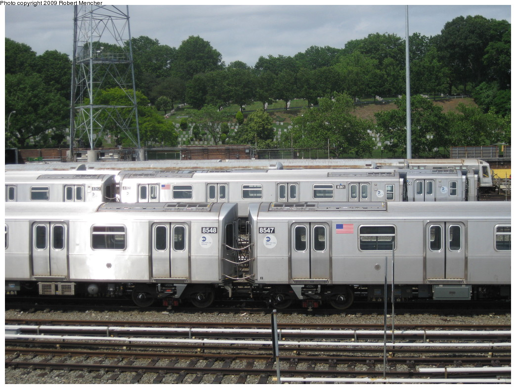 (258k, 1044x788)<br><b>Country:</b> United States<br><b>City:</b> New York<br><b>System:</b> New York City Transit<br><b>Location:</b> East New York Yard/Shops<br><b>Car:</b> R-160A-1 (Alstom, 2005-2008, 4 car sets)  8548/8547 <br><b>Photo by:</b> Robert Mencher<br><b>Date:</b> 6/15/2009<br><b>Viewed (this week/total):</b> 2 / 548