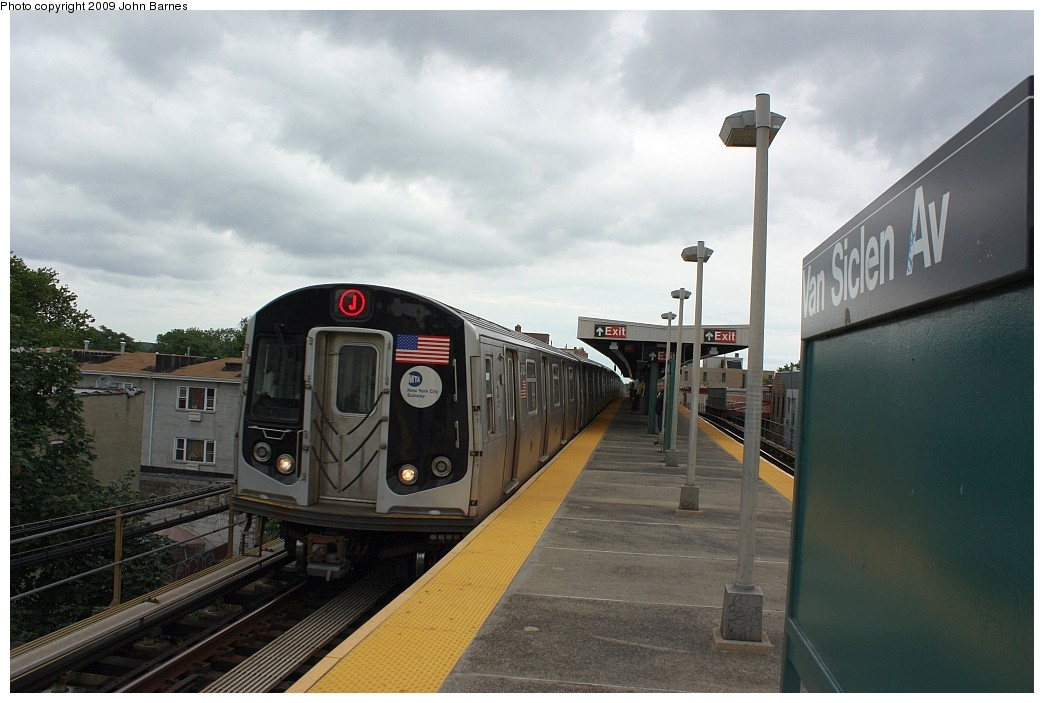 (163k, 1044x703)<br><b>Country:</b> United States<br><b>City:</b> New York<br><b>System:</b> New York City Transit<br><b>Line:</b> BMT Nassau Street/Jamaica Line<br><b>Location:</b> Van Siclen Avenue <br><b>Route:</b> J<br><b>Car:</b> R-160A-1 (Alstom, 2005-2008, 4 car sets)  8400 <br><b>Photo by:</b> John Barnes<br><b>Date:</b> 6/22/2009<br><b>Viewed (this week/total):</b> 6 / 842