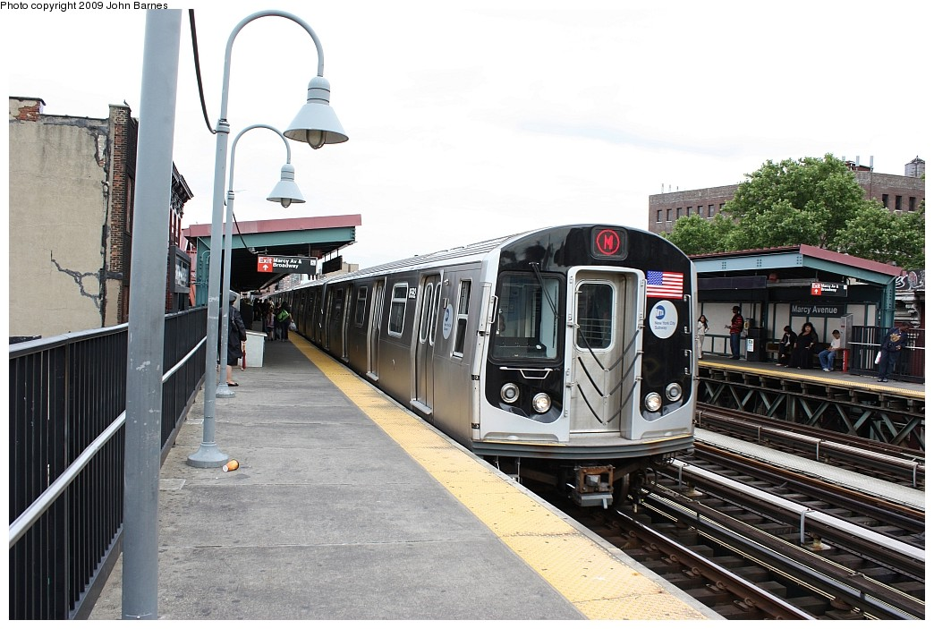 (215k, 1044x703)<br><b>Country:</b> United States<br><b>City:</b> New York<br><b>System:</b> New York City Transit<br><b>Line:</b> BMT Nassau Street/Jamaica Line<br><b>Location:</b> Marcy Avenue <br><b>Route:</b> M<br><b>Car:</b> R-160A-1 (Alstom, 2005-2008, 4 car sets)  8592 <br><b>Photo by:</b> John Barnes<br><b>Date:</b> 6/22/2009<br><b>Viewed (this week/total):</b> 1 / 779
