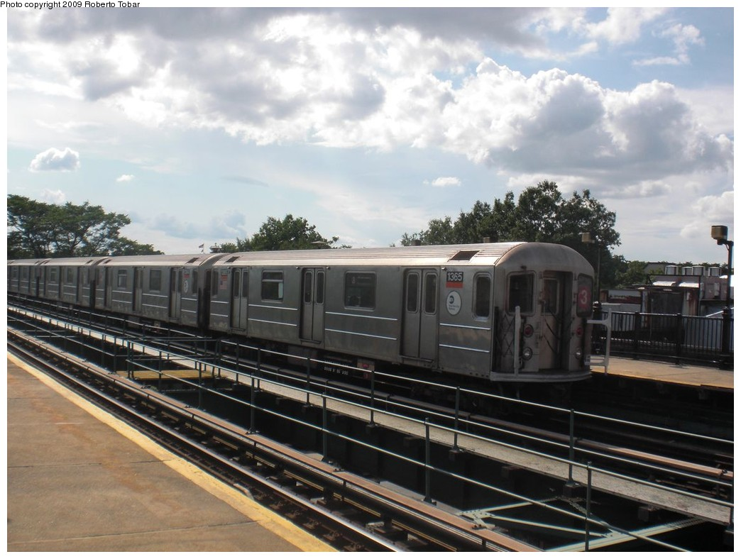 (226k, 1044x788)<br><b>Country:</b> United States<br><b>City:</b> New York<br><b>System:</b> New York City Transit<br><b>Line:</b> IRT Brooklyn Line<br><b>Location:</b> Rockaway Avenue <br><b>Route:</b> 3<br><b>Car:</b> R-62 (Kawasaki, 1983-1985)  1365 <br><b>Photo by:</b> Roberto C. Tobar<br><b>Date:</b> 6/27/2009<br><b>Viewed (this week/total):</b> 1 / 567