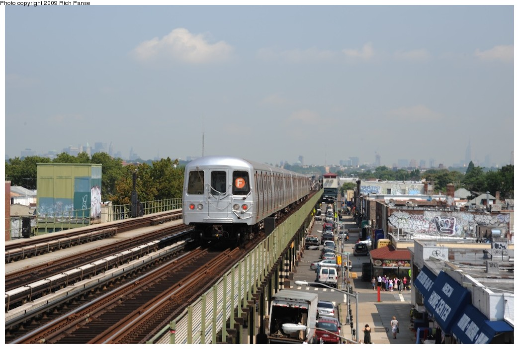(171k, 1044x702)<br><b>Country:</b> United States<br><b>City:</b> New York<br><b>System:</b> New York City Transit<br><b>Line:</b> BMT Culver Line<br><b>Location:</b> Avenue P <br><b>Route:</b> F<br><b>Car:</b> R-46 (Pullman-Standard, 1974-75)  <br><b>Photo by:</b> Richard Panse<br><b>Date:</b> 7/22/2009<br><b>Viewed (this week/total):</b> 3 / 533