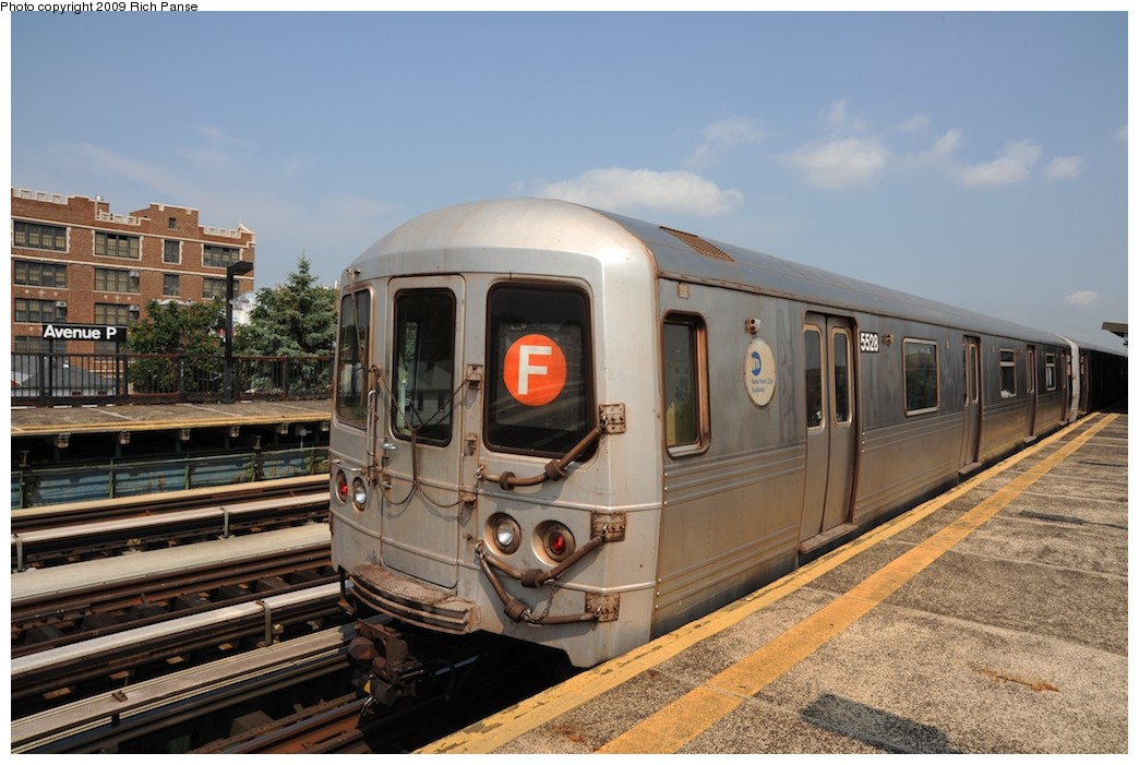 (182k, 1044x701)<br><b>Country:</b> United States<br><b>City:</b> New York<br><b>System:</b> New York City Transit<br><b>Line:</b> BMT Culver Line<br><b>Location:</b> Avenue P <br><b>Route:</b> F<br><b>Car:</b> R-46 (Pullman-Standard, 1974-75) 5528 <br><b>Photo by:</b> Richard Panse<br><b>Date:</b> 7/22/2009<br><b>Viewed (this week/total):</b> 1 / 361