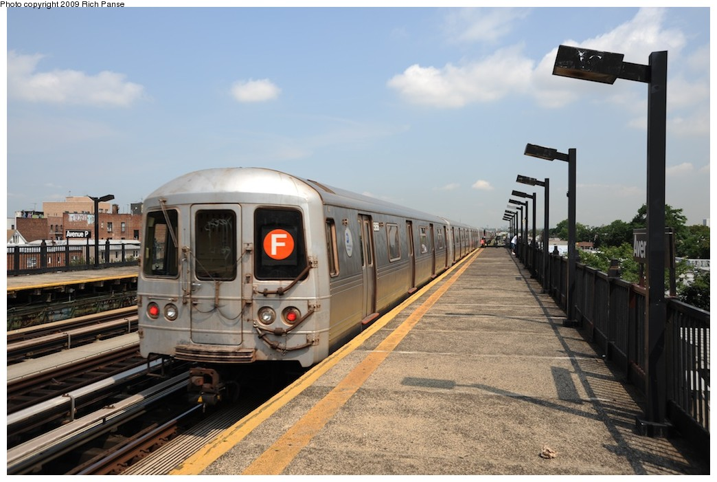 (175k, 1044x701)<br><b>Country:</b> United States<br><b>City:</b> New York<br><b>System:</b> New York City Transit<br><b>Line:</b> BMT Culver Line<br><b>Location:</b> Avenue P <br><b>Route:</b> F<br><b>Car:</b> R-46 (Pullman-Standard, 1974-75)  <br><b>Photo by:</b> Richard Panse<br><b>Date:</b> 7/22/2009<br><b>Viewed (this week/total):</b> 3 / 348