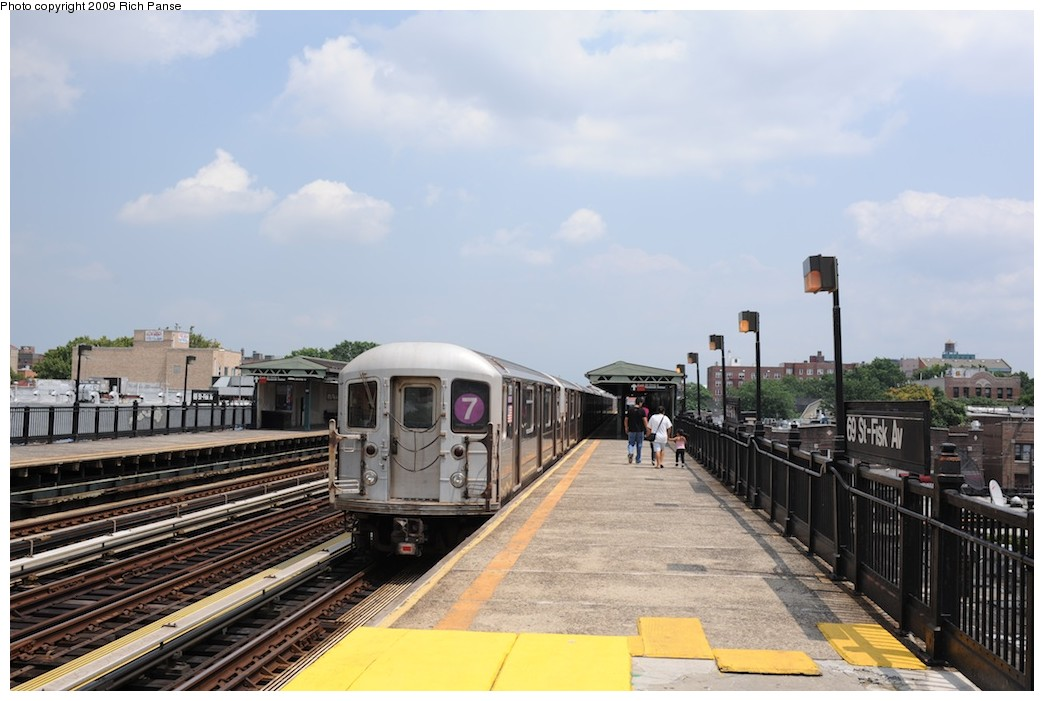 (160k, 1044x701)<br><b>Country:</b> United States<br><b>City:</b> New York<br><b>System:</b> New York City Transit<br><b>Line:</b> IRT Flushing Line<br><b>Location:</b> 69th Street/Fisk Avenue <br><b>Route:</b> 7<br><b>Car:</b> R-62A (Bombardier, 1984-1987)  1706 <br><b>Photo by:</b> Richard Panse<br><b>Date:</b> 8/3/2009<br><b>Viewed (this week/total):</b> 3 / 845