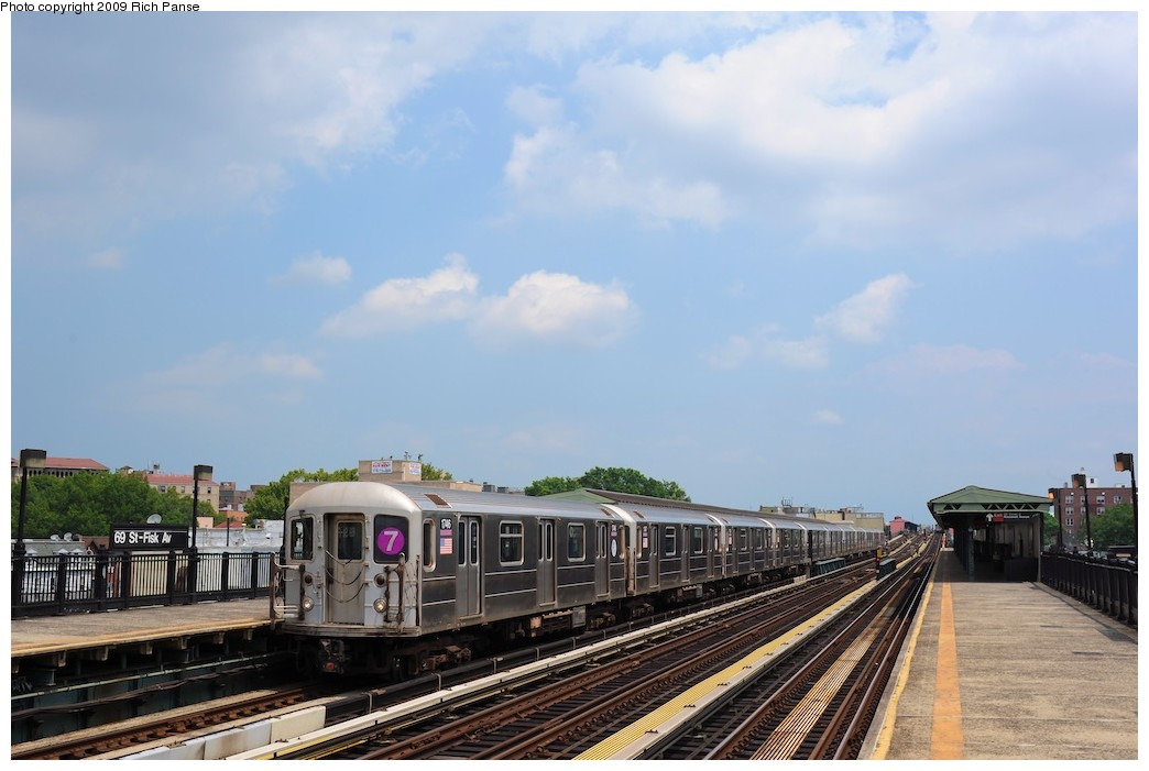 (149k, 1044x701)<br><b>Country:</b> United States<br><b>City:</b> New York<br><b>System:</b> New York City Transit<br><b>Line:</b> IRT Flushing Line<br><b>Location:</b> 69th Street/Fisk Avenue <br><b>Route:</b> 7<br><b>Car:</b> R-62A (Bombardier, 1984-1987)  1746 <br><b>Photo by:</b> Richard Panse<br><b>Date:</b> 8/3/2009<br><b>Viewed (this week/total):</b> 2 / 363