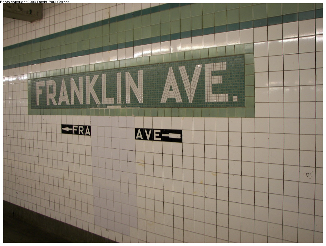 (230k, 1044x788)<br><b>Country:</b> United States<br><b>City:</b> New York<br><b>System:</b> New York City Transit<br><b>Line:</b> IND Fulton Street Line<br><b>Location:</b> Franklin Avenue <br><b>Photo by:</b> David-Paul Gerber<br><b>Date:</b> 8/30/2009<br><b>Viewed (this week/total):</b> 0 / 355