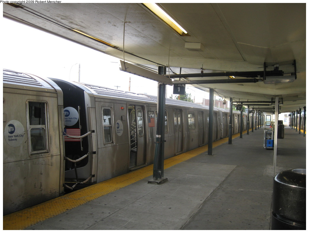 (187k, 1044x788)<br><b>Country:</b> United States<br><b>City:</b> New York<br><b>System:</b> New York City Transit<br><b>Line:</b> BMT Canarsie Line<br><b>Location:</b> Rockaway Parkway <br><b>Route:</b> L<br><b>Car:</b> R-143 (Kawasaki, 2001-2002) 8149 <br><b>Photo by:</b> Robert Mencher<br><b>Date:</b> 9/7/2009<br><b>Viewed (this week/total):</b> 1 / 883