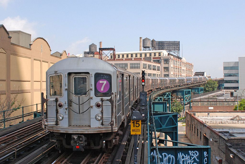 (143k, 1024x686)<br><b>Country:</b> United States<br><b>City:</b> New York<br><b>System:</b> New York City Transit<br><b>Line:</b> IRT Flushing Line<br><b>Location:</b> Court House Square/45th Road <br><b>Route:</b> 7<br><b>Car:</b> R-62A (Bombardier, 1984-1987)   <br><b>Photo by:</b> Richard Chase<br><b>Date:</b> 8/30/2009<br><b>Viewed (this week/total):</b> 0 / 875