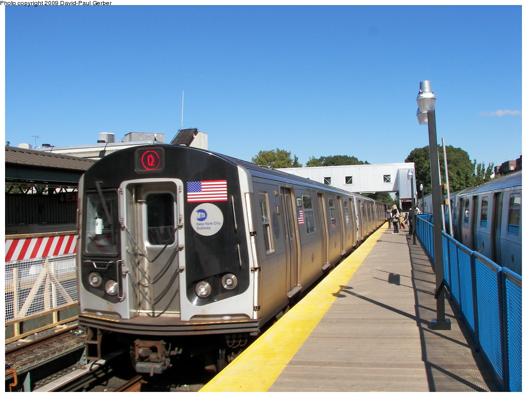 (268k, 1044x788)<br><b>Country:</b> United States<br><b>City:</b> New York<br><b>System:</b> New York City Transit<br><b>Line:</b> BMT Brighton Line<br><b>Location:</b> Avenue J <br><b>Route:</b> Q<br><b>Car:</b> R-160B (Kawasaki, 2005-2008)  8777 <br><b>Photo by:</b> David-Paul Gerber<br><b>Date:</b> 10/6/2009<br><b>Viewed (this week/total):</b> 0 / 394
