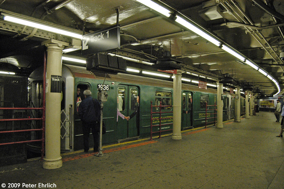 (266k, 930x618)<br><b>Country:</b> United States<br><b>City:</b> New York<br><b>System:</b> New York City Transit<br><b>Line:</b> IRT Times Square-Grand Central Shuttle<br><b>Location:</b> Times Square <br><b>Route:</b> S<br><b>Car:</b> R-62A (Bombardier, 1984-1987)  1936 <br><b>Photo by:</b> Peter Ehrlich<br><b>Date:</b> 10/9/2009<br><b>Viewed (this week/total):</b> 0 / 859