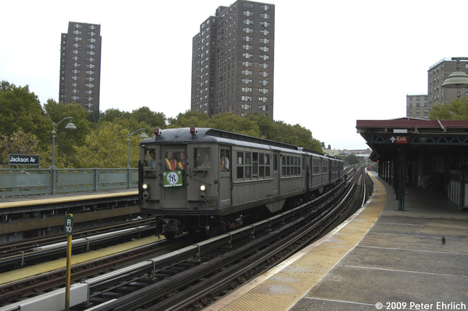 (191k, 930x618)<br><b>Country:</b> United States<br><b>City:</b> New York<br><b>System:</b> New York City Transit<br><b>Line:</b> IRT White Plains Road Line<br><b>Location:</b> Jackson Avenue <br><b>Route:</b> Fan Trip<br><b>Car:</b> Low-V (Museum Train) 5443 <br><b>Photo by:</b> Peter Ehrlich<br><b>Date:</b> 10/9/2009<br><b>Notes:</b> Yankee Stadium Special--inbound to Grand Central for passenger service.<br><b>Viewed (this week/total):</b> 2 / 575