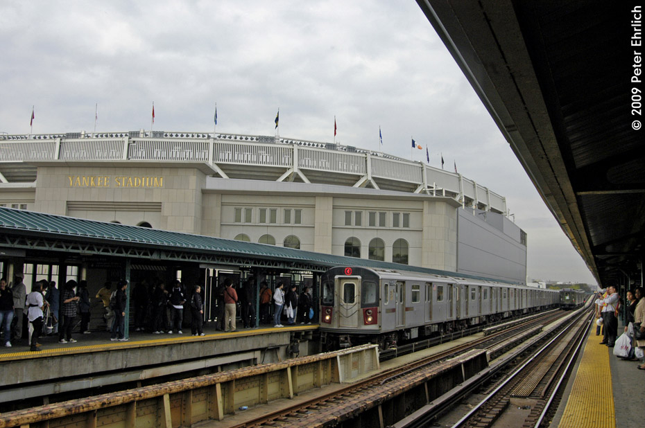 (206k, 930x618)<br><b>Country:</b> United States<br><b>City:</b> New York<br><b>System:</b> New York City Transit<br><b>Line:</b> IRT Woodlawn Line<br><b>Location:</b> 161st Street/River Avenue (Yankee Stadium) <br><b>Route:</b> Fan Trip<br><b>Car:</b> Low-V (Museum Train) 5292 <br><b>Photo by:</b> Peter Ehrlich<br><b>Date:</b> 10/9/2009<br><b>Notes:</b> Yankee Stadium Special-- With R142 7175 arriving inbound.<br><b>Viewed (this week/total):</b> 0 / 604