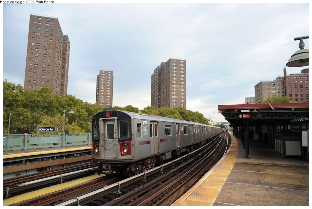 (180k, 1044x701)<br><b>Country:</b> United States<br><b>City:</b> New York<br><b>System:</b> New York City Transit<br><b>Line:</b> IRT White Plains Road Line<br><b>Location:</b> Jackson Avenue <br><b>Route:</b> 5<br><b>Car:</b> R-142 (Primary Order, Bombardier, 1999-2002)  6765 <br><b>Photo by:</b> Richard Panse<br><b>Date:</b> 10/9/2009<br><b>Viewed (this week/total):</b> 1 / 687