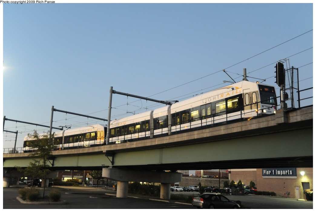 (135k, 1044x701)<br><b>Country:</b> United States<br><b>City:</b> Jersey City, NJ<br><b>System:</b> Hudson Bergen Light Rail<br><b>Location:</b> Between Newport & Hoboken <br><b>Photo by:</b> Richard Panse<br><b>Date:</b> 10/8/2009<br><b>Notes:</b> Hoboken Wye<br><b>Viewed (this week/total):</b> 2 / 338