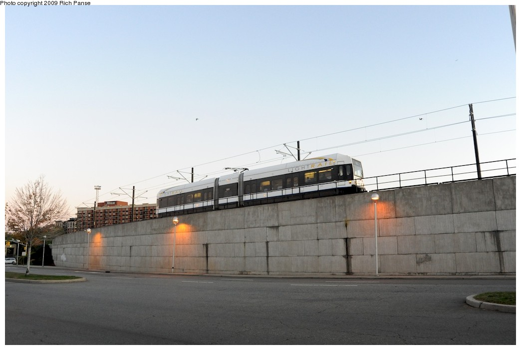 (120k, 1044x701)<br><b>Country:</b> United States<br><b>City:</b> Jersey City, NJ<br><b>System:</b> Hudson Bergen Light Rail<br><b>Location:</b> Between Newport & Hoboken <br><b>Car:</b> NJT-HBLR LRV (Kinki-Sharyo, 1998-99)  2029 <br><b>Photo by:</b> Richard Panse<br><b>Date:</b> 10/8/2009<br><b>Notes:</b> Hoboken Wye<br><b>Viewed (this week/total):</b> 0 / 347