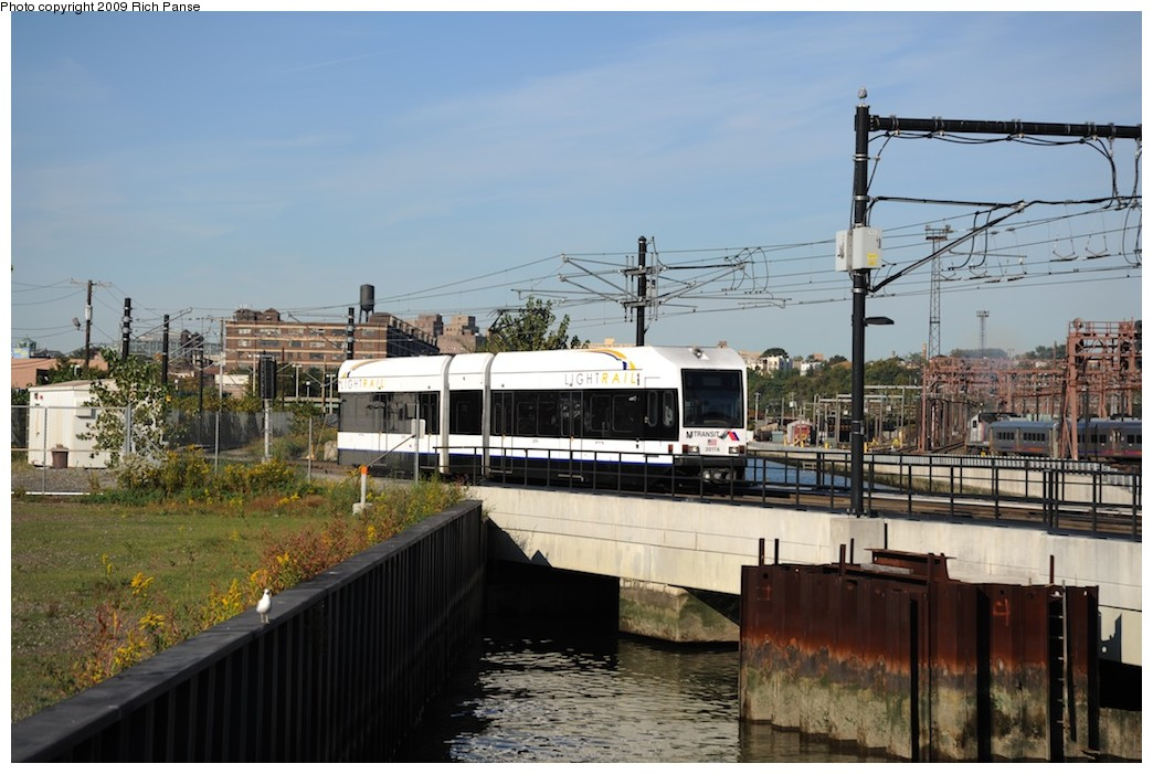 (180k, 1044x701)<br><b>Country:</b> United States<br><b>City:</b> Hoboken, NJ<br><b>System:</b> Hudson Bergen Light Rail<br><b>Location:</b> Hoboken <br><b>Car:</b> NJT-HBLR LRV (Kinki-Sharyo, 1998-99)  2027 <br><b>Photo by:</b> Richard Panse<br><b>Date:</b> 10/11/2009<br><b>Viewed (this week/total):</b> 1 / 164
