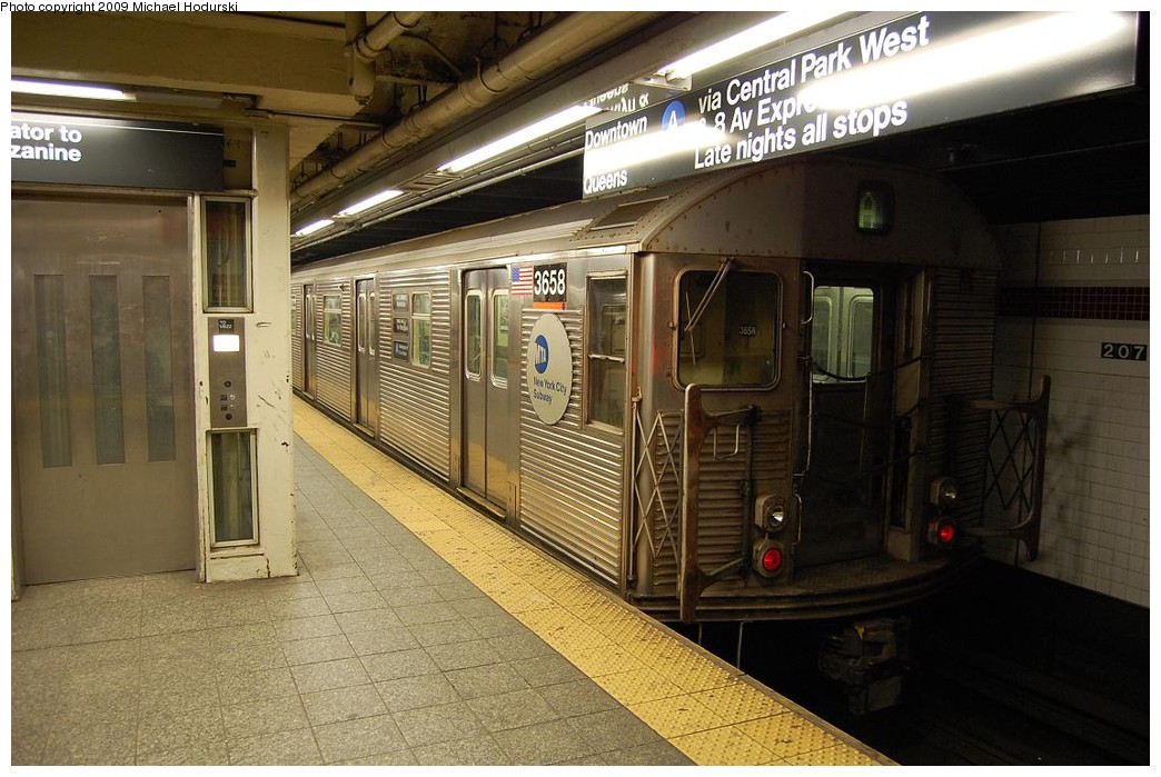 (240k, 1044x699)<br><b>Country:</b> United States<br><b>City:</b> New York<br><b>System:</b> New York City Transit<br><b>Line:</b> IND 8th Avenue Line<br><b>Location:</b> 207th Street <br><b>Route:</b> A<br><b>Car:</b> R-32 (Budd, 1964)  3658 <br><b>Photo by:</b> Michael Hodurski<br><b>Date:</b> 3/13/2008<br><b>Viewed (this week/total):</b> 4 / 482