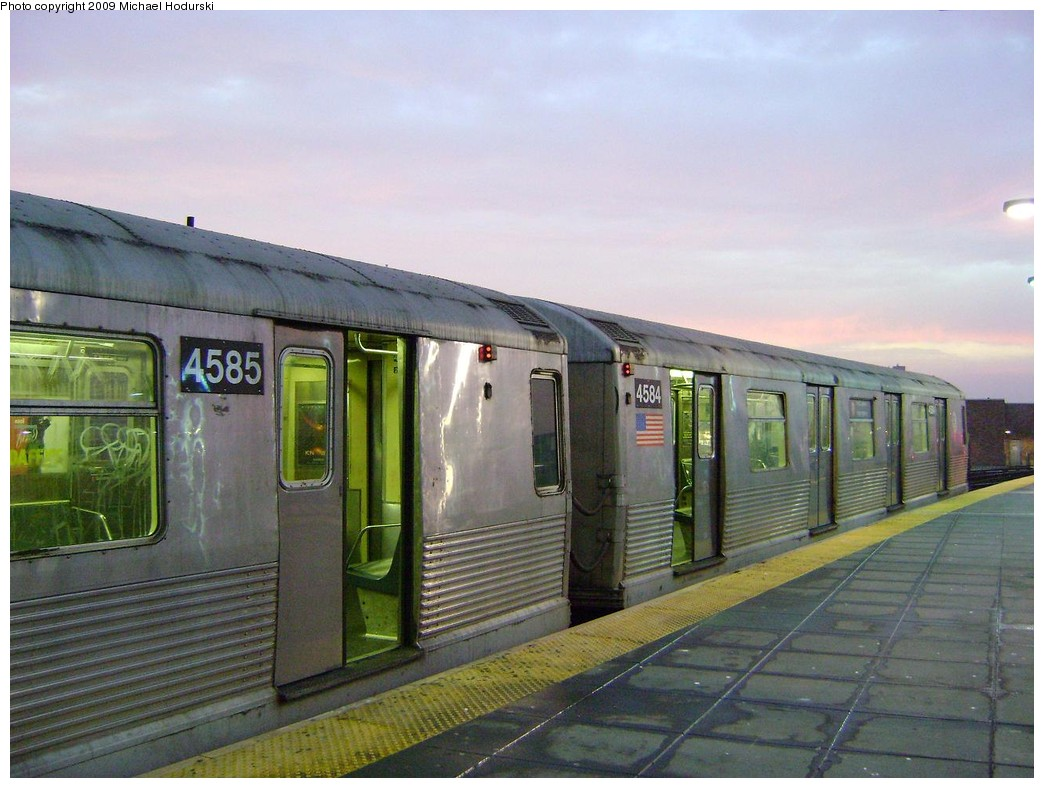 (213k, 1044x788)<br><b>Country:</b> United States<br><b>City:</b> New York<br><b>System:</b> New York City Transit<br><b>Location:</b> Coney Island/Stillwell Avenue<br><b>Route:</b> F<br><b>Car:</b> R-42 (St. Louis, 1969-1970)  4584 <br><b>Photo by:</b> Michael Hodurski<br><b>Date:</b> 3/11/2009<br><b>Viewed (this week/total):</b> 1 / 1159