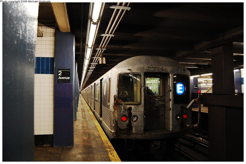 (195k, 1044x699)<br><b>Country:</b> United States<br><b>City:</b> New York<br><b>System:</b> New York City Transit<br><b>Line:</b> IND 6th Avenue Line<br><b>Location:</b> 2nd Avenue <br><b>Route:</b> E reroute<br><b>Car:</b> R-42 (St. Louis, 1969-1970)  4776 <br><b>Photo by:</b> Michael Hodurski<br><b>Date:</b> 4/17/2008<br><b>Viewed (this week/total):</b> 0 / 544