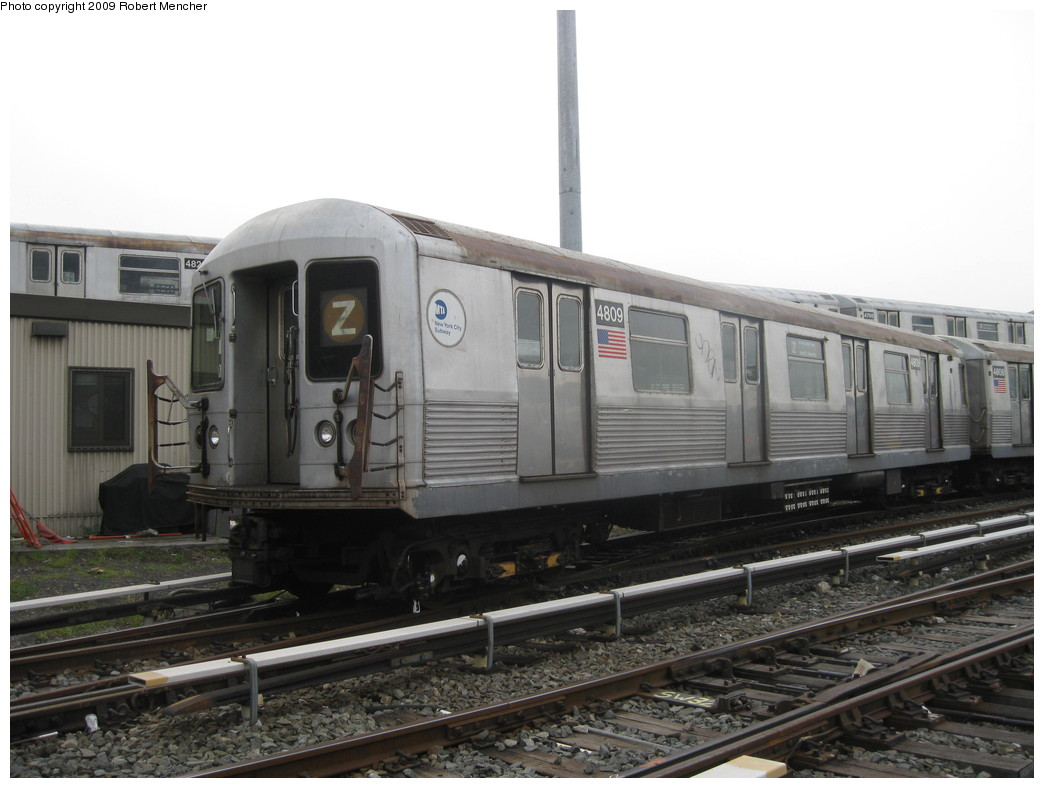 (176k, 1044x788)<br><b>Country:</b> United States<br><b>City:</b> New York<br><b>System:</b> New York City Transit<br><b>Location:</b> East New York Yard/Shops<br><b>Car:</b> R-42 (St. Louis, 1969-1970)  4809 <br><b>Photo by:</b> Robert Mencher<br><b>Date:</b> 10/14/2009<br><b>Viewed (this week/total):</b> 2 / 794