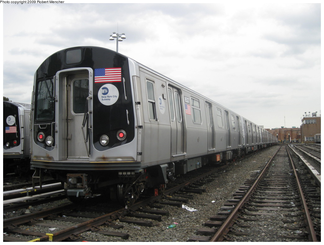 (192k, 1044x788)<br><b>Country:</b> United States<br><b>City:</b> New York<br><b>System:</b> New York City Transit<br><b>Location:</b> East New York Yard/Shops<br><b>Car:</b> R-160A-1 (Alstom, 2005-2008, 4 car sets)  8537 <br><b>Photo by:</b> Robert Mencher<br><b>Date:</b> 10/14/2009<br><b>Viewed (this week/total):</b> 0 / 426